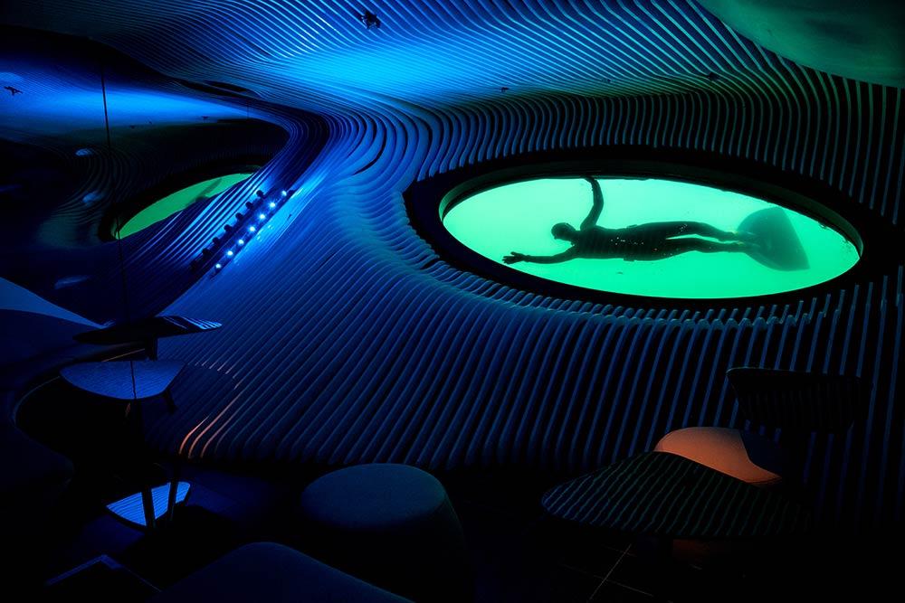 Le-Lapérouse-Unterwasser-Lounge-Blue-Eye